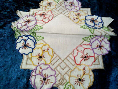 Stunning Pansy Flowers  ~ Vintage Hand Embroidered Centrepiece