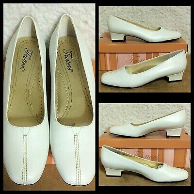 TROTTERS ~ DORIS PEARL  RED OR GREY REG $99 PATENT LEATHER LOW HEEL CLASSY PUMP