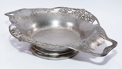 ARCHIBALD KNOX LIBERTY & Co ARTS AND CRAFTS TWIN HANDLE TUDRIC PEWTER BOWL