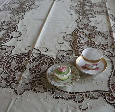 """Vintage Madeira Embroidered Cut Work Lace Tablecloth 85"""" by 68"""" Excellent"""
