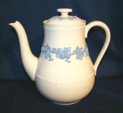 Wedgwood Lavender Blue On Cream Queensware Shell Edge Coffee Pot