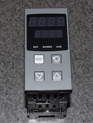 Partlow P8702 Temperature Controller