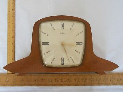 Vintage Smiths Atomic Age Mantel Clock With Key- REF831