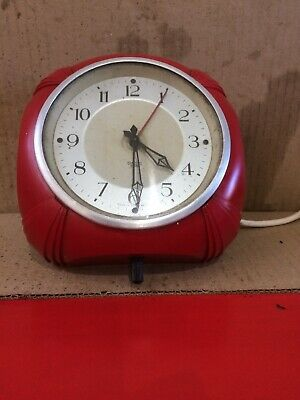 Retro Smiths Sectric  Kitchen Wall Clock, 1950's electric. .