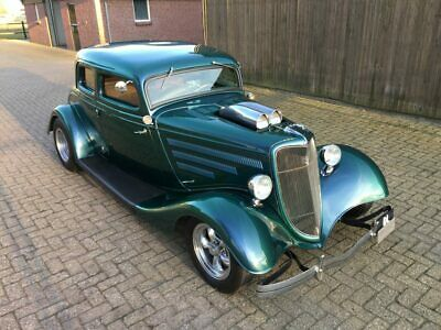 Ford 5 Window Coupe 1933 Hot Rod