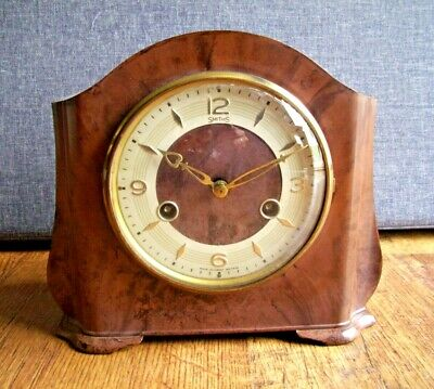 Vintage 1950's Smiths Bakelite Mantel Clock with Floating Balance (Chiming Time)