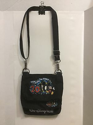 Walt Disneyland/World Parks Mickey Mouse Signature Crossover Hand Bag 2010