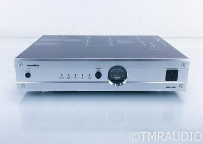 Panamax Max 5300 11 Outlet Power Conditioner; Surge Protector; Silver