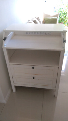 IKEA Change Tabel with drawers white