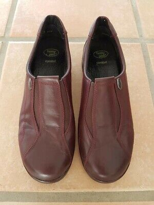 Homy Ped Comfort Shoes, Size 9