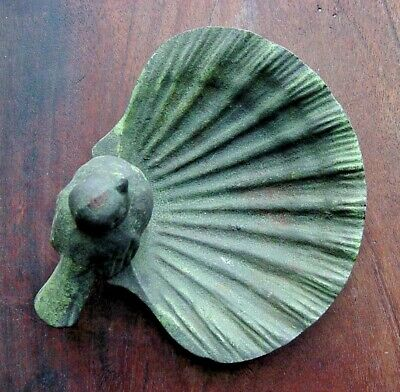 Old Decorative Bird Clam Shell Ashtray Size Cast Iron Patinated Vintage Antique