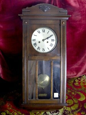 VINTAGE OAK CASED JUNGHANS GERMAN WALL CLOCK  circa 1940