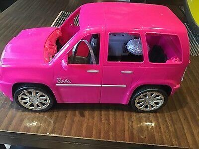 As New Girls Barbie House And Car