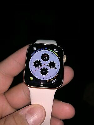 Apple Watch Series 4 44 mm Gold Aluminum Case with Pink Sand Sport Band (GPS...