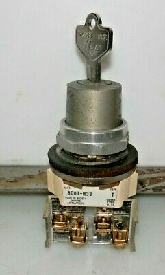 Allen Bradley 800T-H33 2 Position Keyed Selector Switch With Key 800Th33