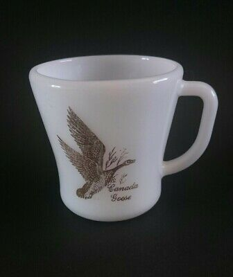 Federal Glass Milk Glass Gold Canada Geese D Handle Mug