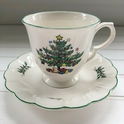 Nikko Happy Holidays Christmas Tree Cup and Saucer Set Cream Swirl Japan