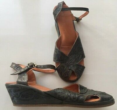 GENUINE ORIGINAL 1950s MEXICAN LEATHER TOOLED GREEN SANDALS 4 5 6