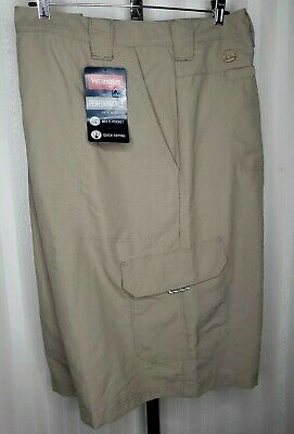 3c489d52 Wrangler Mens Sz 48 Outdoor Cargo Shorts Performance Hybrid Beige Quick Dry  NWT