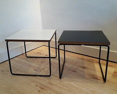 "Set de deux tables basse ""volantes""  design Pierre Guariche"