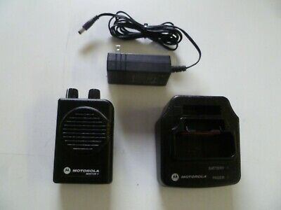 Motorola Minitor V 45-48.9 MHz Low Band Fire EMS Pager with Charger y316