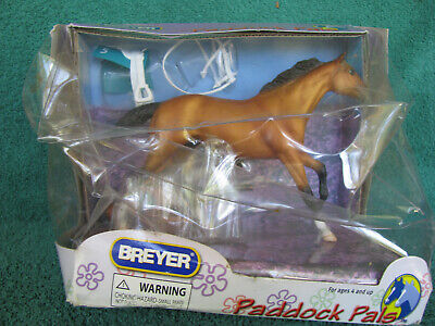 Breyer #1642 Paddock Pal Racehorse & Jockey Set Complete