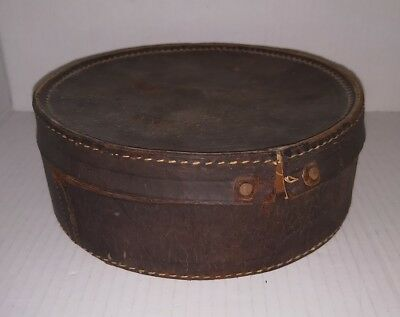 Vintage leather collar case box with 2 old collars inside.