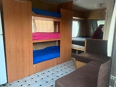 Viscount 16ft Caravan - Triple Bunks - King Size Bed
