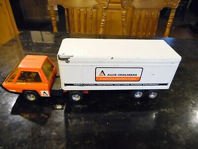 """3 Piece ALLIS CHALMERS Structo By Ertl Toy 17"""" Tractor Trailer set & Pickup"""