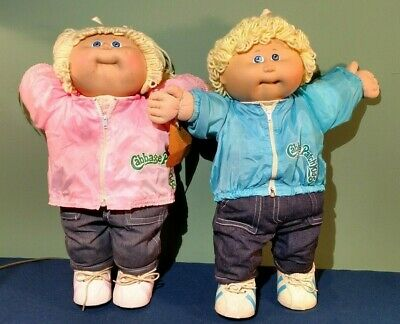 Cabbage Patch Kids Pair of Vintage 1980s Coleco Dolls Blond Blue Eyes