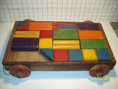 Vintage WOODEN Child's WAGON Pull Toy Wood Wheels W/21 Color Shape Blocks