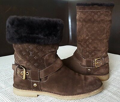 a81b0f2ab3c LOUIS VUITTON SUEDE Fur Trimmed Wedge Boot Beige Women's Size 37 US ...