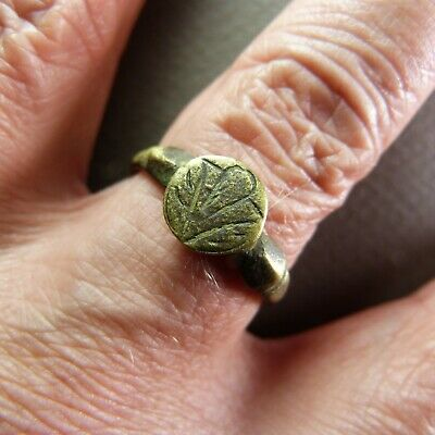 Ancient French 17th century Copper Finger Ring Size 10 1/2
