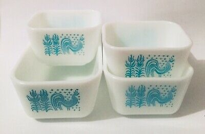 Lot of 2 Vintage Pyrex Amish Butterprint Refrigerator Dish 501 Aqua No Lid