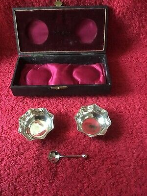 A Cased Pair Of Art Nouveau Silver Plated Mustard Pots With Spoon. c 1910