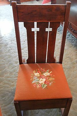 .Vintage Mission Arts & Crafts Oak Sewing Rocker
