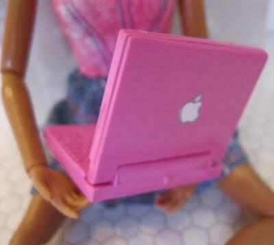 BARBIE DOLL LAPTOP COMPUTER APPLE LOGO 1/6 I can be Career Mini Toy Scooby Doo