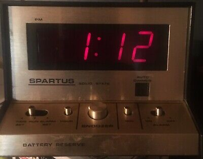 VINTAGE SPARTUS SOLID STATE SNOOZE BATTERY RESERVE ALARM CLOCK Free Shipping