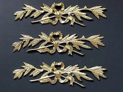Vintage BRASS Wall Decor Picture Antique Hollywood Regency Leaves Flowers