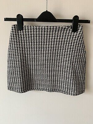 Girls Marks And Spencers Black And White Skirt M&S Age 13-14