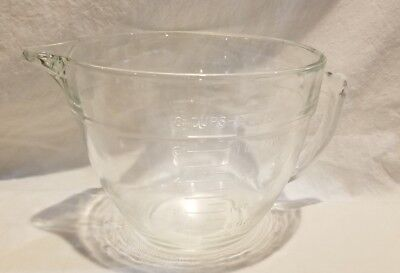 Anchor Hocking Fire King Mixing Batter Bowl Measuring 8 Cup 2 Qt. Clear glass