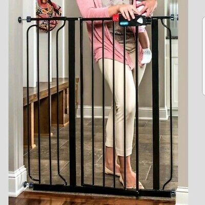 Regalo Deluxe Easy Step Extra Tall Gate Black