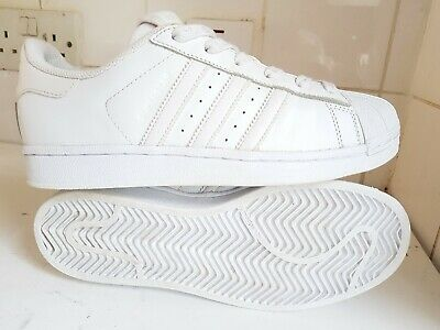 Details about New Adidas Superstar Junior Boys Girls Kids Infant Trainers Size UK 10K 2.5