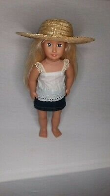 Dolls skirt and top and hat, fits 18 inch dolls