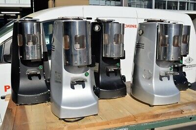 Mazzer Robur Manual. Used condition, in full working order.