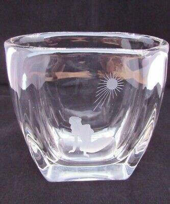 Beautiful Vintage Heavy Crystal Glass Vase With Etched Woman Under The Sun
