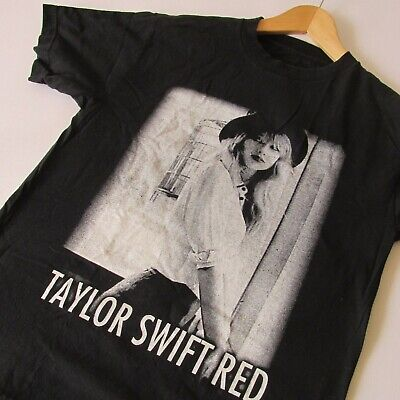 Taylor Swift and Ed Sheeran RED 2013 Tour Men's Unisex T-Shirt MD