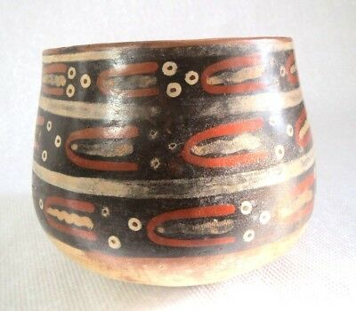 Pre-Columbian pottery Nazca vessel antique cup