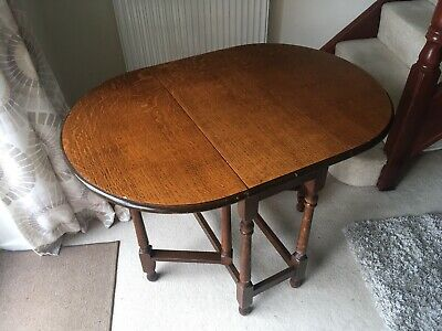 Vintage / Antique Solid Oak Victorian Style Gateleg Dining Table