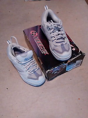 Girls Heelys white/lilac size 6 older girl